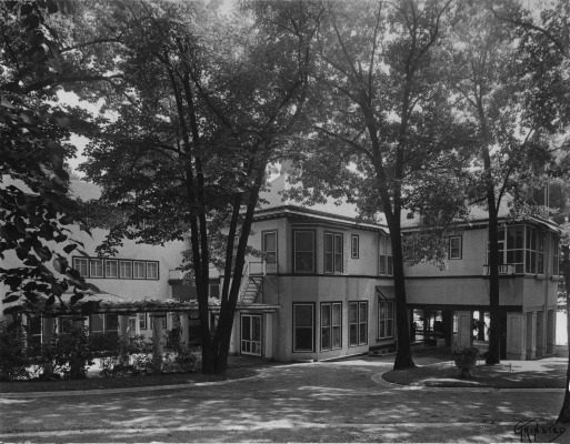 Hillcroft, circa 1930, when Philip K. Wrigley owned the property. After purchasing Hillcroft from Arthur Leath in 1927, the WRigleys updated, remodeled and rebuilt sections of the house, so it totaled more than 30 rooms. They also built a porte-cochere with living space above it.